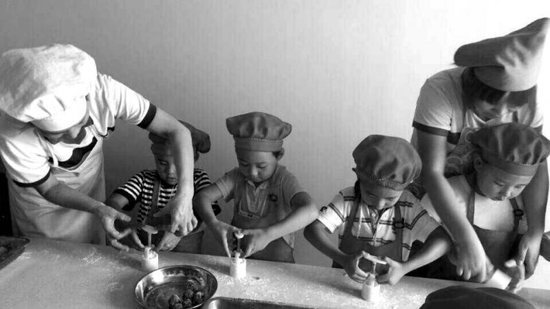 龙泉大地幼儿园开展手工diydiy活动活动