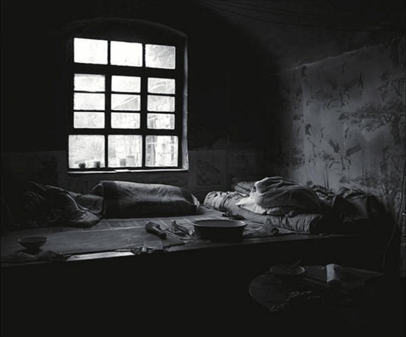 帶南火炕房間擺設臥室圖片
